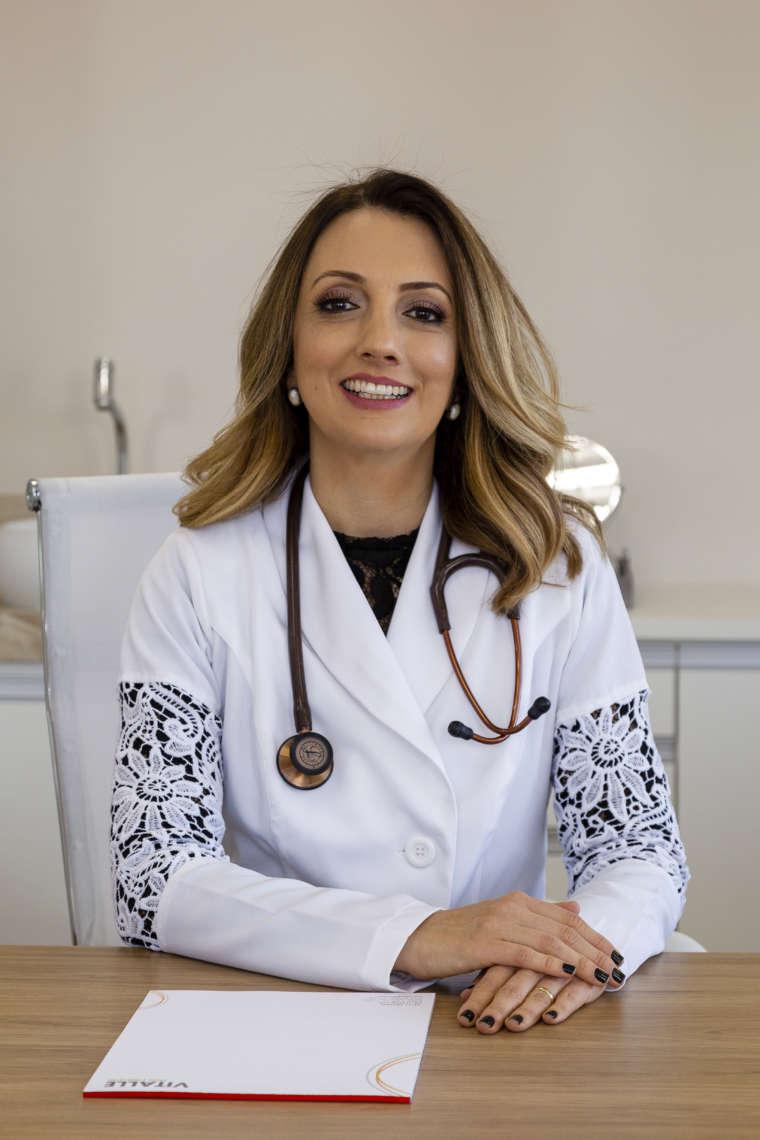 Dra. Carolina Coelho de Pádua